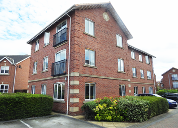 2 bed flat to rent in Galleon Court, Victoria Dock HU9