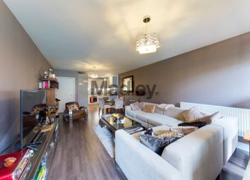 7-17 Yeoman Street, Surrey Quays SE8. 3 bed flat for sale