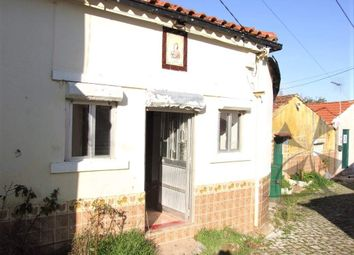 Thumbnail Detached house for sale in Alvaiazere, Central Portugal, Portugal