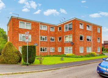 Thumbnail 2 bed flat for sale in Lansdowne Gardens, Romsey