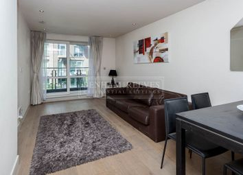 Thumbnail 1 bed flat to rent in Chelsea Creek, Fulham