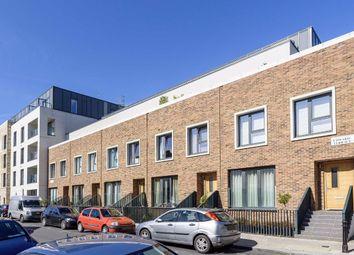 Greenside Road, London W12. 2 bed flat