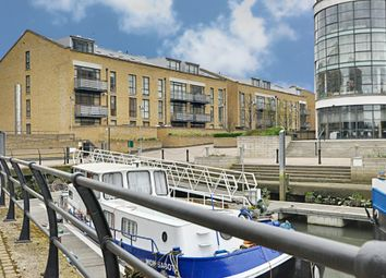 Thumbnail 2 bedroom flat for sale in Town Meadow, Brentford