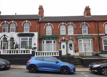 Thumbnail 5 bed terraced house for sale in Isaacs Hill, Cleethorpes