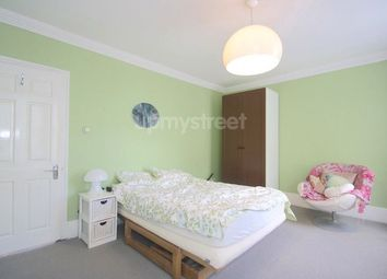 Thumbnail 2 bed flat to rent in Arlington Road, London