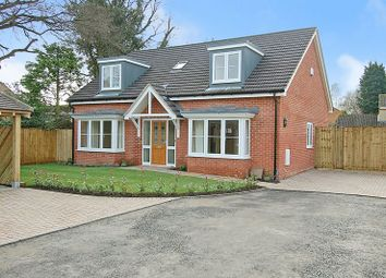 Thumbnail 4 bed detached house for sale in The Moors, Kidlington