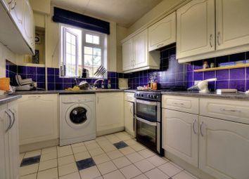 Thumbnail 4 bed flat to rent in Ebury Bridge Road, London, Greater London