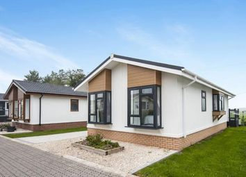 Thumbnail 2 bed bungalow for sale in Willowdene Home Park, Aston Cantlow Road, Wilmcote, Stratford-Upon-Avon
