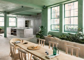 Thumbnail 3 bedroom flat for sale in Shoreditch High Street, London