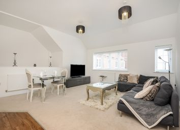 Thumbnail 2 bed flat to rent in Mortimer Crescent, St.Albans