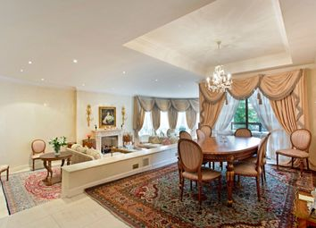 Thumbnail 4 bedroom flat for sale in The Pavilions, Avenue Road, St Johns Wood