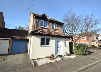 Thumbnail 3 bed property to rent in Hopkins Mead, Chelmsford