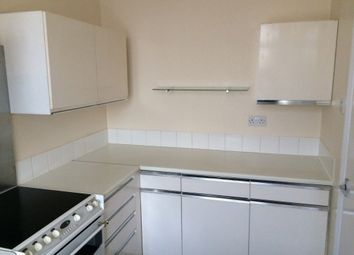 Thumbnail 2 bed flat to rent in Selwyn Avenue, Highams Park, London, Greater London