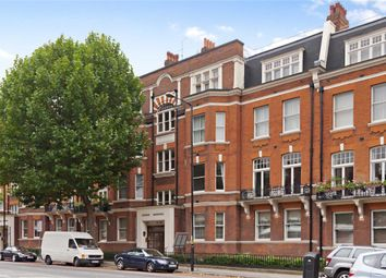 Thumbnail 4 bed flat to rent in Avenue Mansions, London