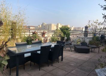 Thumbnail 3 bed apartment for sale in 17 Rue Pierre Lhomme, 92400 Courbevoie, France