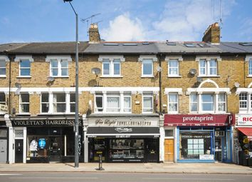 Thumbnail 1 bed flat to rent in Upper Richmond Road West, East Sheen, London