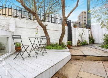 Grafton Road, London NW5. 3 bed flat for sale