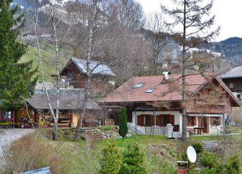 Thumbnail 3 bed chalet for sale in Le Bouchet-Mont-Charvin, Le Bouchet-Mont-Charvin, Thônes, Annecy, Haute-Savoie, Rhône-Alpes, France