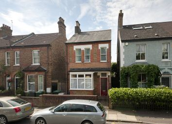 Thumbnail 3 bed property to rent in Salisbury Road, High Barnet