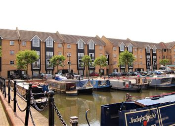 Thumbnail 3 bed flat to rent in Stephenson Wharf, Hemel Hempstead