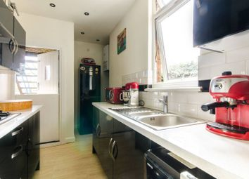 Thumbnail 2 bed maisonette for sale in Brunswick Park Road, New Southgate