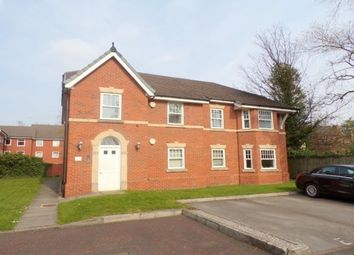 Thumbnail 2 bedroom flat to rent in Howbeck Road, Prenton