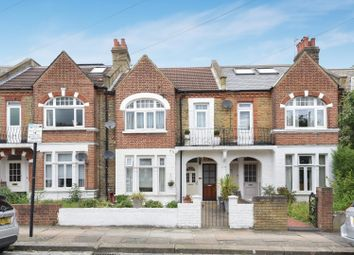 Thumbnail 2 bed flat to rent in Dornton Road, London