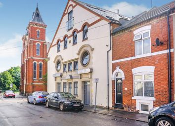 2 bed flat for sale in Grove Road, Northampton NN1