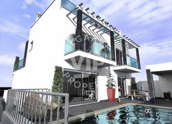 Thumbnail 5 bed villa for sale in Tavira, Algarve, Portugal