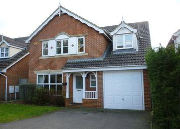 Thumbnail 5 bed detached house to rent in Abergavenny Gardens, Copthorne, Crawley