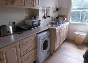 Thumbnail 4 bed flat to rent in Hillmarton Road, Islington