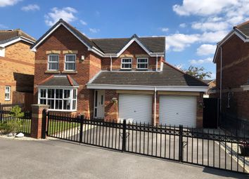 Weald Park, Kingswood, Hull HU7. 4 bed detached house