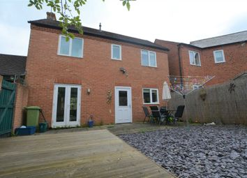 Thumbnail 2 bed detached house to rent in Popes Walk, Bletchley, Milton Keynes