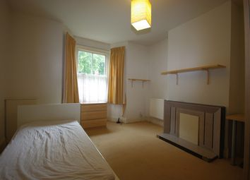 Thumbnail 5 bed shared accommodation to rent in Colham Avenue, West Drayton