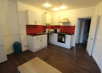 2 bed flat to rent in Richmond Road, Cathays, Cardiff CF24