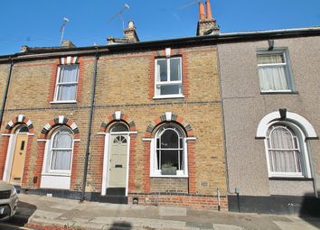 Christchurch Road, Gravesend DA12. 2 bed terraced house