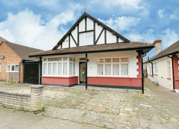 Thumbnail 4 bedroom detached house for sale in Park Chase, Wembley