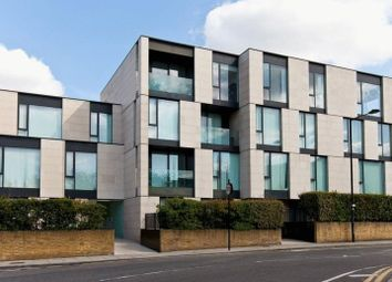 Thumbnail 2 bed property to rent in Centric Close, Oval Road, London