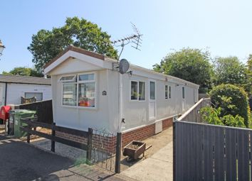 Thumbnail 1 bed mobile/park home for sale in Western Avenue, Cavendish Park, Didcot, Oxfordshire