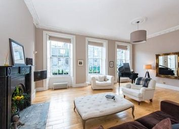 Thumbnail 3 bedroom flat to rent in Albany Street, New Town, Edinburgh