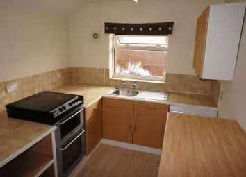 Thumbnail 2 bed flat to rent in Winchester Road, Four Marks, Alton