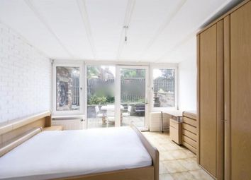 Thumbnail 2 bed flat to rent in Stoke Newington Church Street, Stoke Newington, London