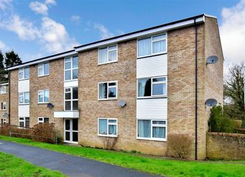 2 bed flat for sale in Redford Avenue, Horsham, West Sussex RH12