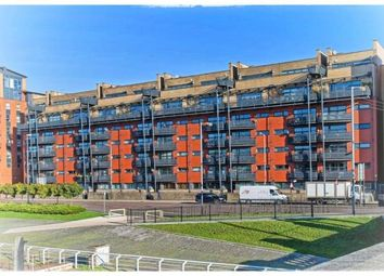 Thumbnail 2 bed flat for sale in Clyde Street, Glasgow