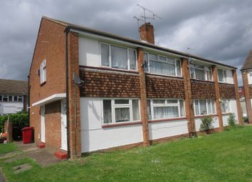 Thumbnail 2 bed maisonette for sale in Farnham Road, Slough