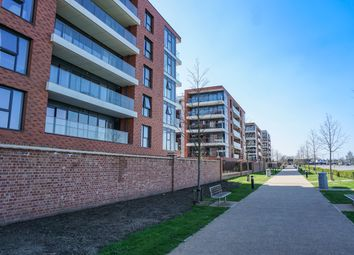 Thumbnail 2 bedroom flat for sale in Plot 96 Newbury Racecourse, Selkirk Hosue, Kingman Way, Newbury, Berkshire