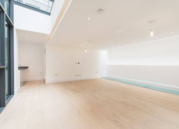 Thumbnail 3 bed flat for sale in Lincolns Inn Fields, Holborn