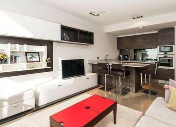2 bed flat to rent in John Street, London WC1N
