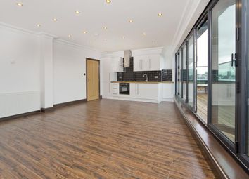 Thumbnail 2 bed flat to rent in Mare Street, Hackney