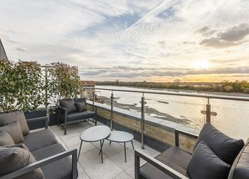 Thumbnail 3 bed flat for sale in Rainville Road, London